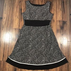 Perceptions Brown and white print dress size 14